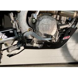 SABOT PEHD XTREM AVEC PROTECTION DE BIELLETTES 8mm - TM 250/300 FI AM 2019-2021